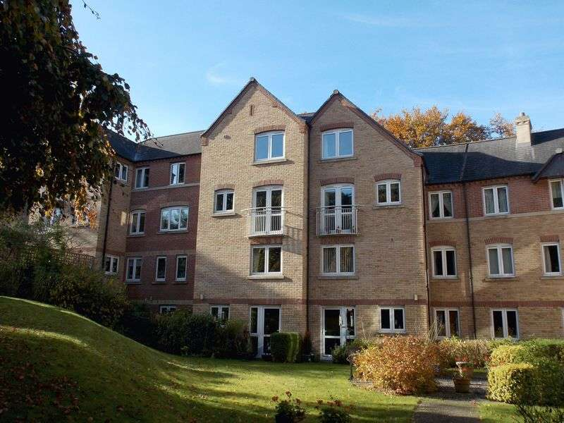 2 Bedrooms Retirement Property for sale in Risbygate Street, Bury St Edmunds