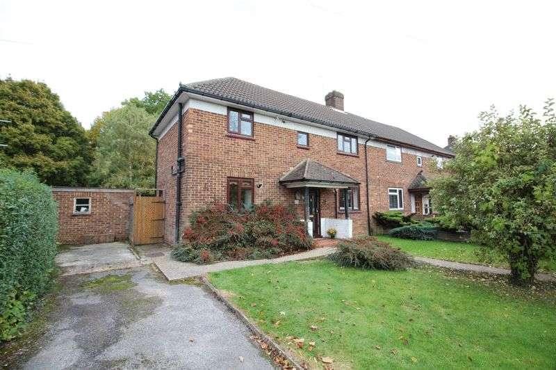 3 Bedrooms Semi Detached House for sale in Orchard Road, Sanderstead, Surrey