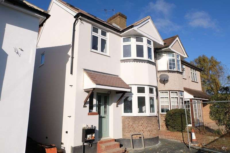 3 Bedrooms Semi Detached House for sale in Woodside Road, Bexleyheath