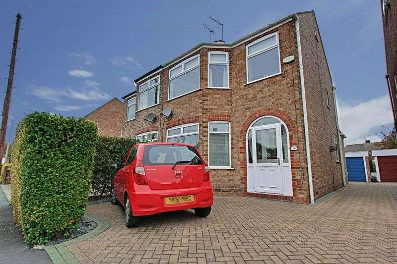 3 Bedrooms Semi Detached House for sale in Westfield Avenue, Beverley