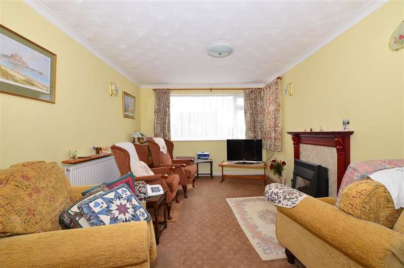 3 Bedrooms Bungalow for sale in Chapel Lane, Blean, Canterbury, Kent