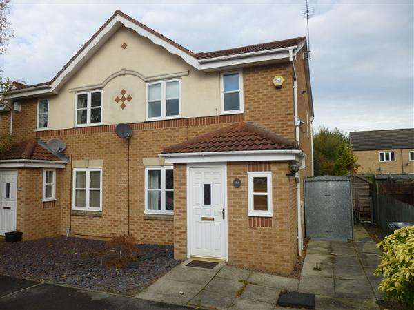3 Bedrooms End Of Terrace House for sale in Rainsborough Way, Clifton