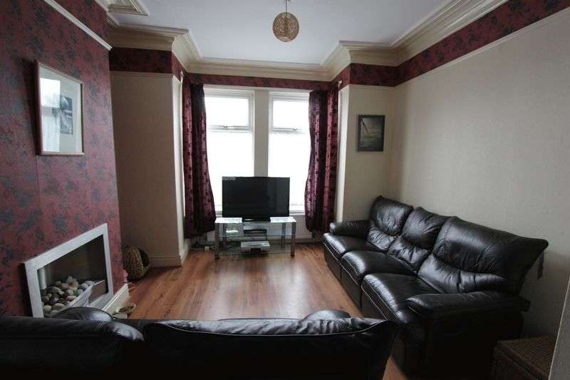 3 Bedrooms Terraced House for sale in Beverley Road, Hessle