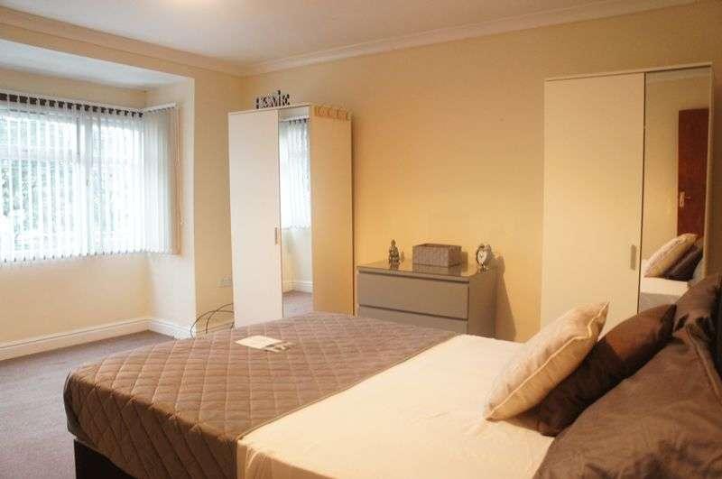 6 Bedrooms Terraced House for rent in Kings Road, Birmingham, B23