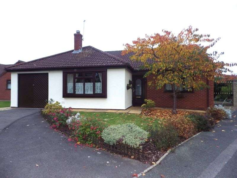 3 Bedrooms Detached Bungalow for sale in Brake Close, Bradley Stoke