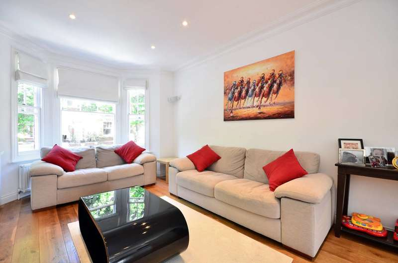 3 Bedrooms Maisonette Flat for sale in Crookham Road, Parsons Green, SW6