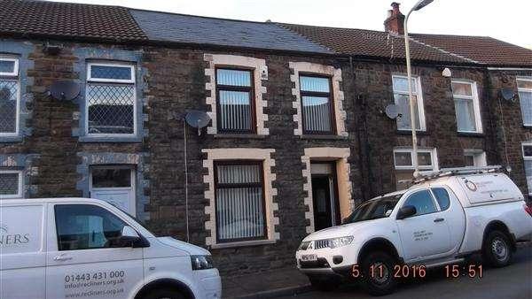 3 Bedrooms Terraced House for sale in Excellent in Pentre
