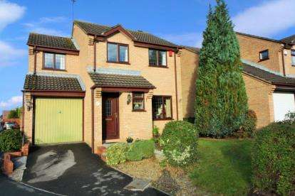 4 Bedrooms Detached House for sale in Turnberry, Yate, Bristol, Gloucestershire