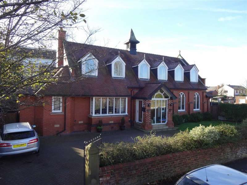 5 Bedrooms Property for sale in Cambridge Road, Lytham St Annes