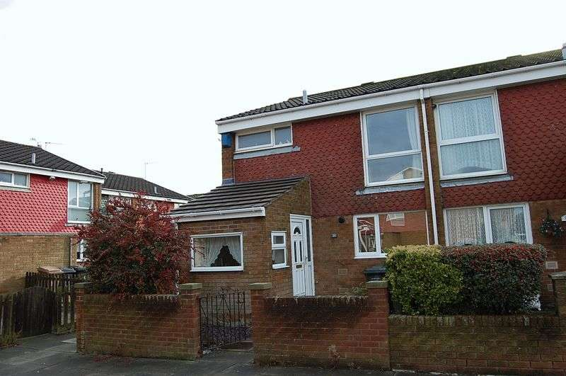 3 Bedrooms Terraced House for sale in ** SOUTH BACKING ** Bowness Avenue, Wallsend