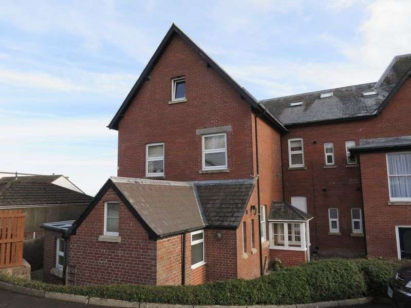 2 Bedrooms Flat for sale in Rackclose Gardens, Chard