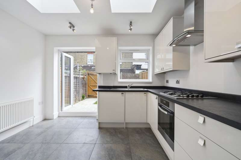 3 Bedrooms Terraced House for sale in Ridley Avenue, London, London, W13