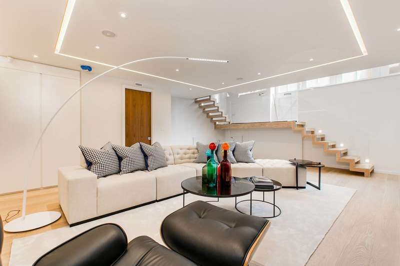 3 Bedrooms House for sale in Colbeck Mews, South Kensington, SW7