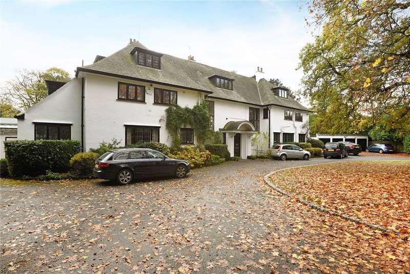 2 Bedrooms Flat for sale in Egmont Park House, Egmont Park Road, Walton On The Hill, Surrey, KT20