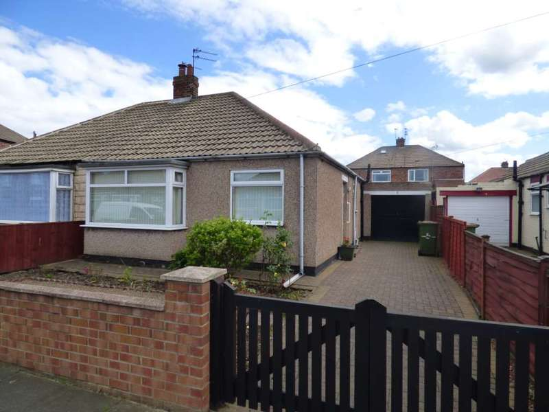 2 Bedrooms Semi Detached Bungalow for sale in ***REDUCED*** Hinderwell Avenue, Redcar