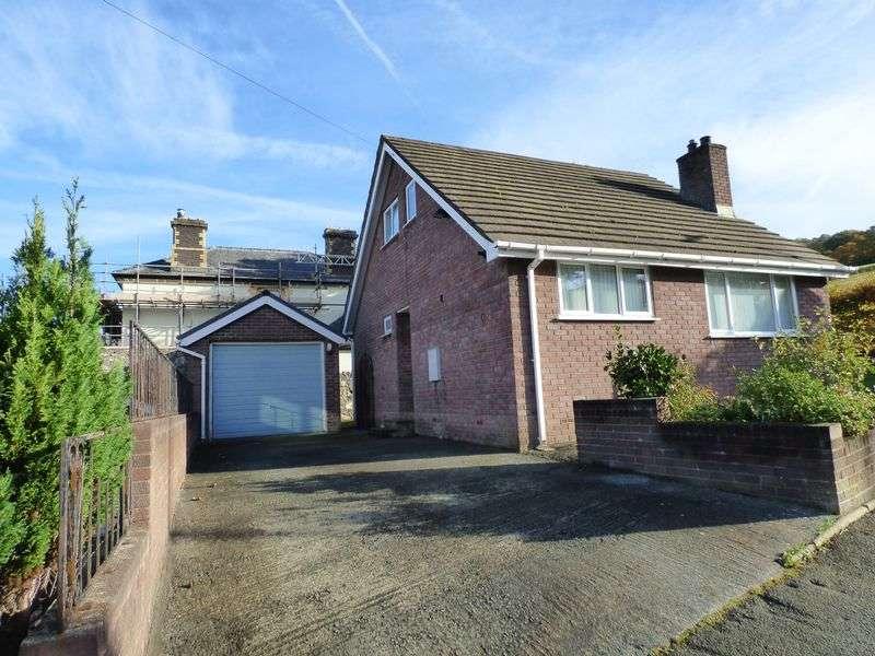 3 Bedrooms Detached House for sale in 1, Maes Dolfor, Llanfairfechan LL33 0RP