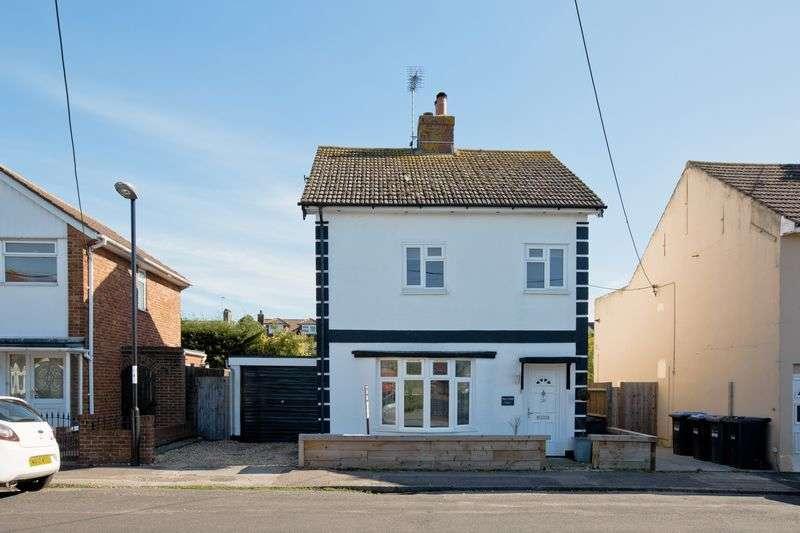 4 Bedrooms Detached House for sale in Preston Villa, Livingston Road Burgess Hill