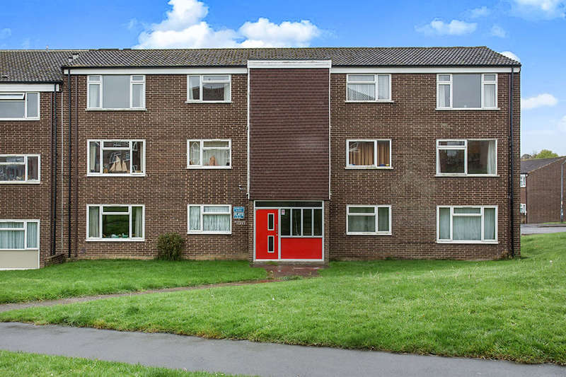 1 Bedroom Flat for sale in Hanbury Close, Chesterfield, S40