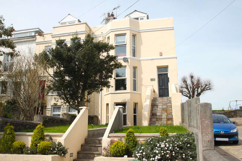 3 Bedrooms House for sale in Brunswick Place, Plymouth