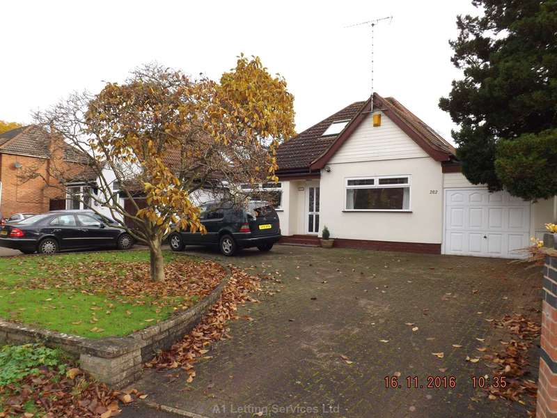 3 Bedrooms Bungalow for rent in Stoney Lane, Yardley