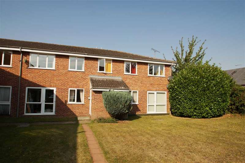 2 Bedrooms Apartment Flat for sale in Maryland Court, Brisbane Way, Colchester