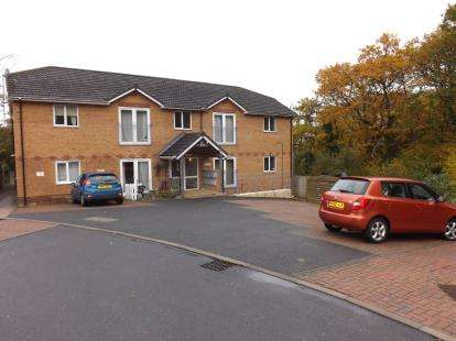 2 Bedrooms Flat for sale in Cowes, Isle Of Wight, N/A