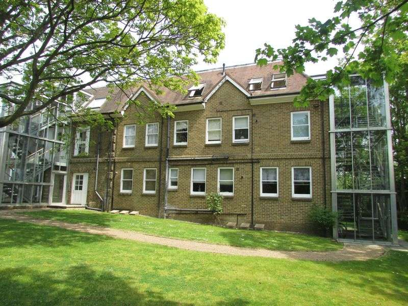 2 Bedrooms Flat for sale in Rowhill Road, Hextable