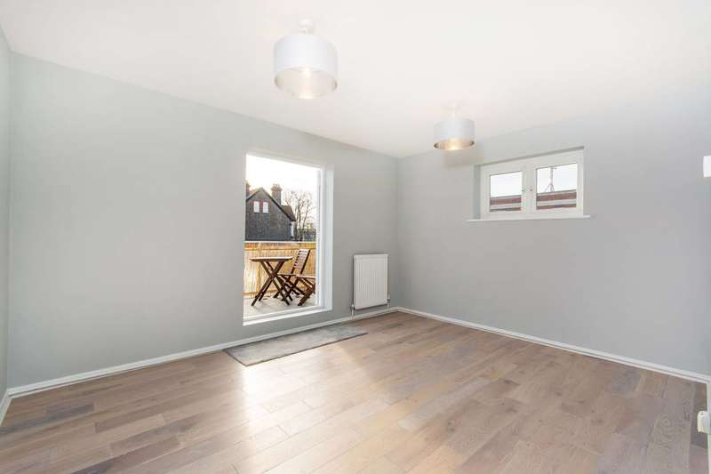 1 Bedroom Flat for sale in Brigstock Road, Thornton Heath, CR7