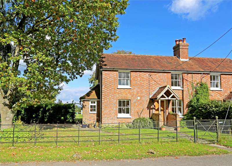 3 Bedrooms Semi Detached House for sale in Sealands Cottages, Itchingfield Road, Itchingfield, Horsham, RH13