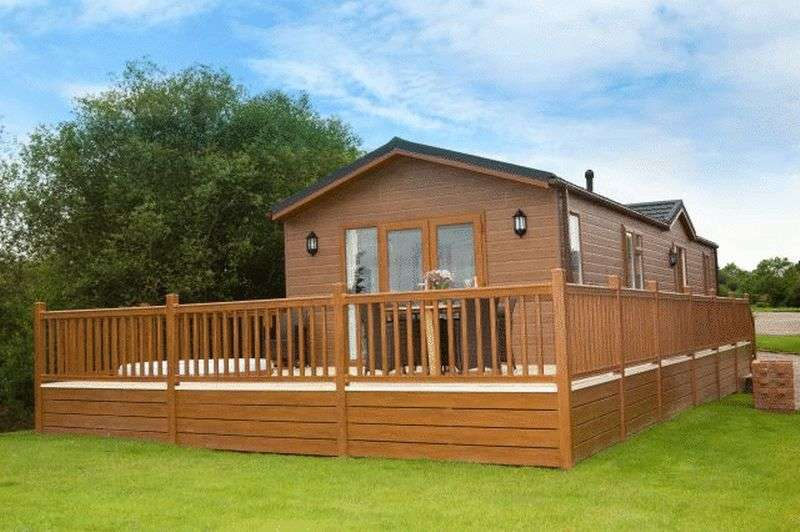 2 Bedrooms Bungalow for sale in Wigmore Lakes, Wattlesborough, Shrewsbury, Shropshire, SY5 9DU