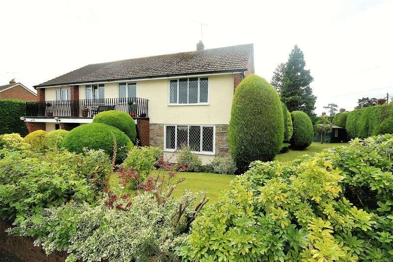 5 Bedrooms Detached House for sale in Drakes Way, Malpas