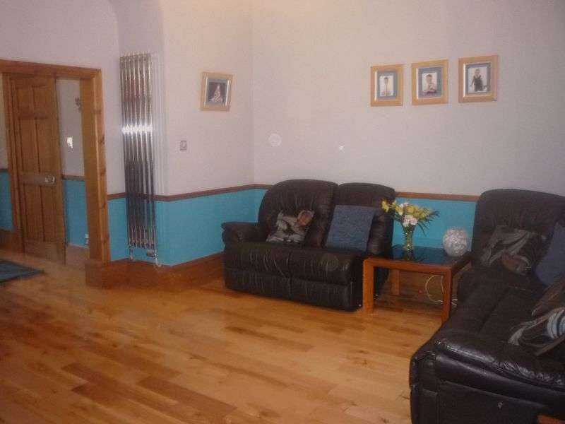4 Bedrooms Semi Detached House for sale in West Hamilton Street, Motherwell