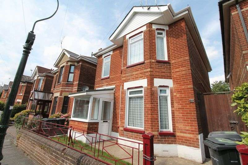 5 Bedrooms Detached House for rent in Hankinson Road, Bournemouth