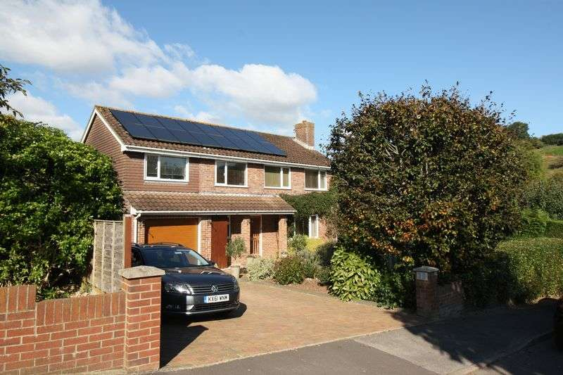 5 Bedrooms Detached House for sale in Saxon Rise, Winterborne Stickland