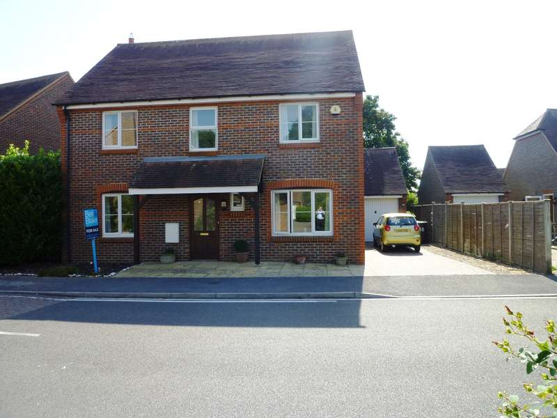 4 Bedrooms Detached House for sale in Walwyn Close, Birdham, Chichester, PO20