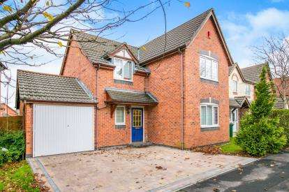 4 Bedrooms Detached House for sale in Downes Way, Manchester, Greater Manchester