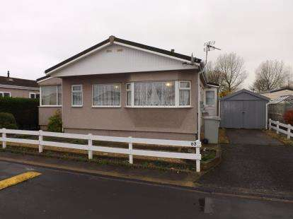 2 Bedrooms Bungalow for sale in Seahaven Springs Estate, Seaholme Road, Mablethorpe