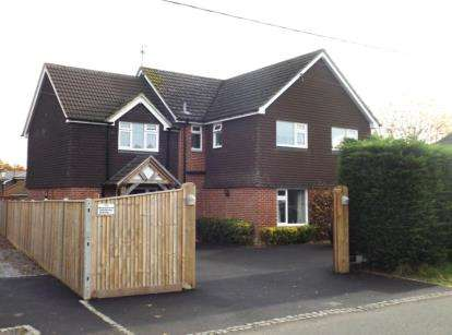 5 Bedrooms Detached House for sale in West Wellow, Romsey, Hampshire