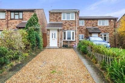 2 Bedrooms Semi Detached House for sale in Farm Road, Buckley, Flintshire, ., CH7
