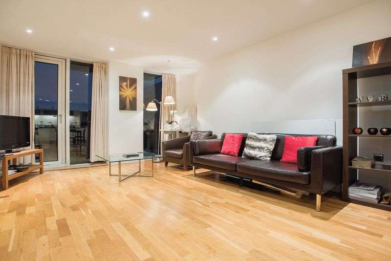 2 Bedrooms Flat for sale in Stunning two bed in South Quay