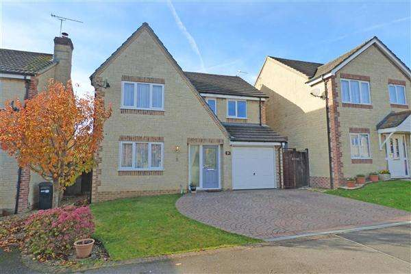 4 Bedrooms House for sale in Grants Close, Wincanton