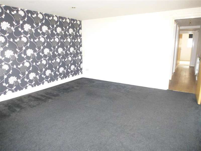 2 Bedrooms Apartment Flat for sale in Queen Street, Portsmouth, Hampshire