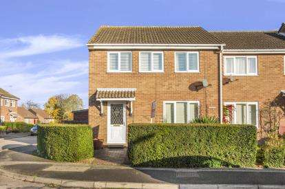 3 Bedrooms End Of Terrace House for sale in Miller Way, Brampton, Huntingdon, Cambs
