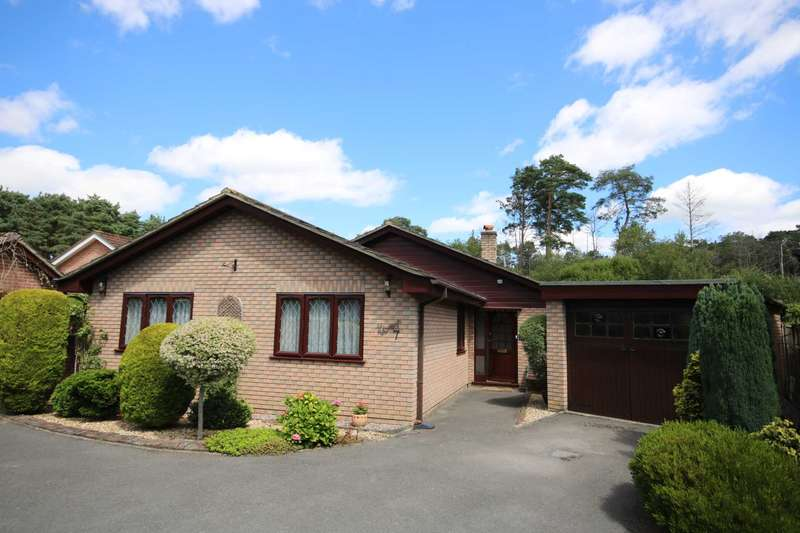 3 Bedrooms Bungalow for sale in BH31 Parkland Close, Verwood