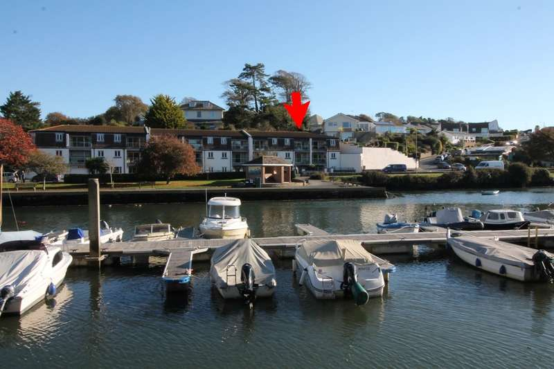 2 Bedrooms Flat for sale in Salt Quay Moorings, Kingsbridge
