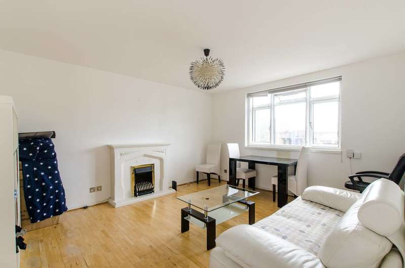 2 Bedrooms Flat for sale in Thorncroft Street, Vauxhall, SW8