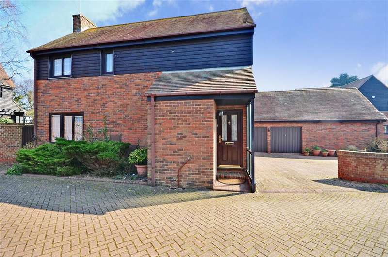3 Bedrooms Detached House for sale in Monkton Manor, Monkton, Ramsgate, Kent