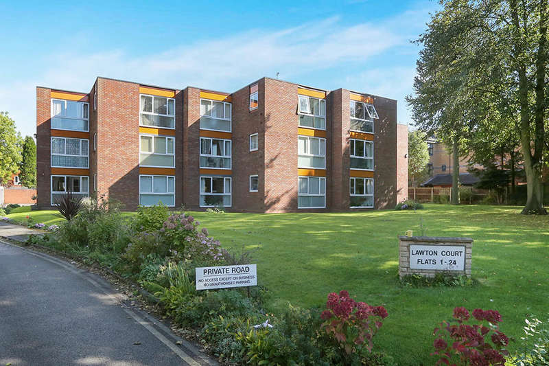 2 Bedrooms Flat for sale in Lawton Court Oaks Crescent, Wolverhampton, WV3