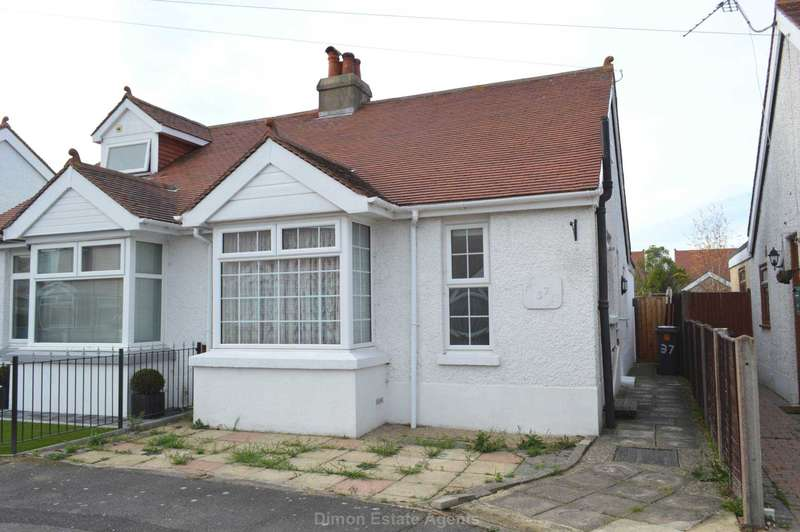 3 Bedrooms Semi Detached Bungalow for sale in Malvern Road, Gosport