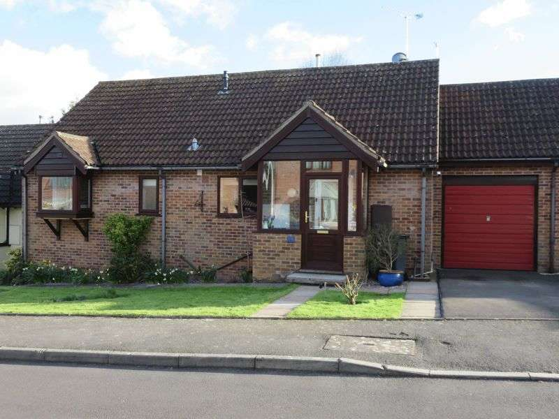 2 Bedrooms Detached Bungalow for sale in Kinforde, Chard